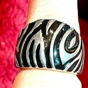 Sterling Black Tiger Ring Sz 4